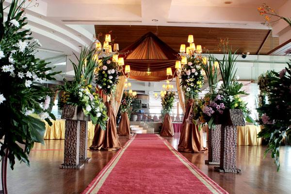 Banquet wedding click to enlarge image ballroom wedding 7g junglespirit Choice Image